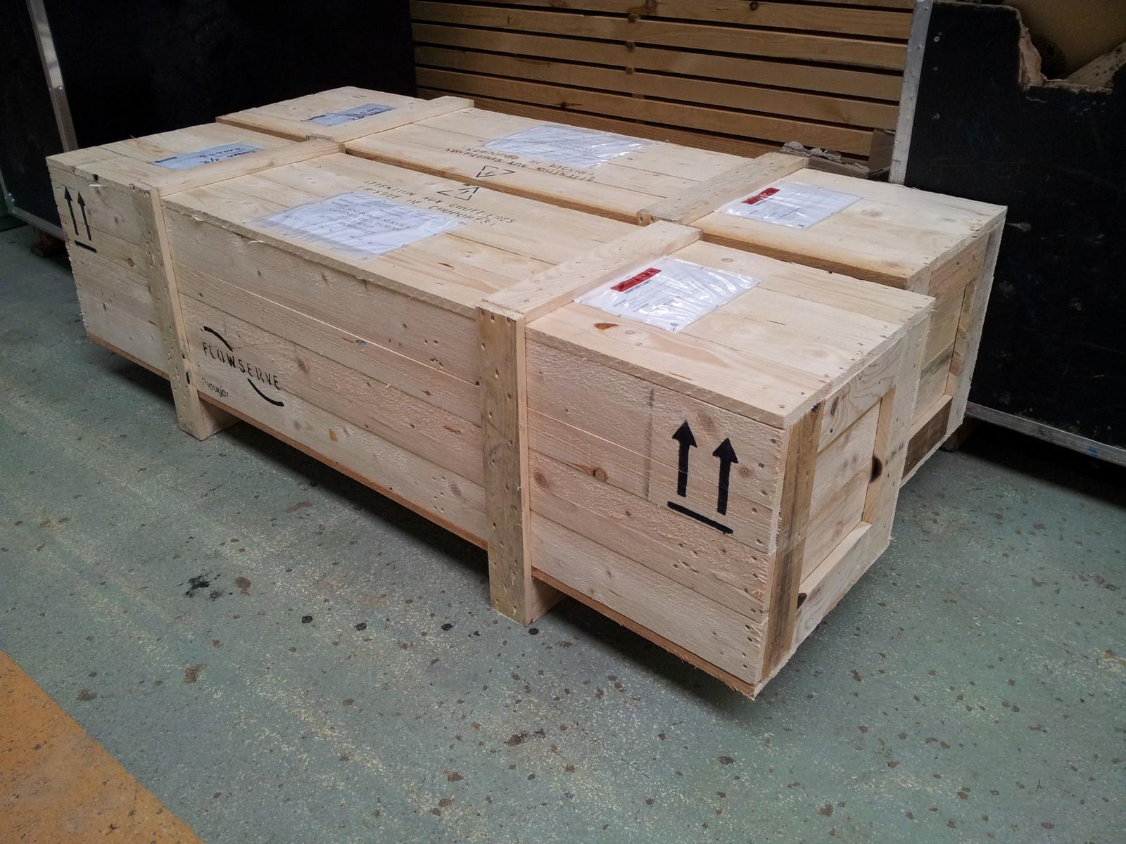 caisse bois perdue emballage sur mesure usage unique. Black Bedroom Furniture Sets. Home Design Ideas