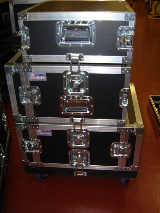 Rack flight-case linked on rolling stand, JPEMBALL