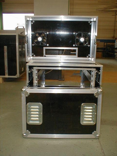 Flight-case rack with ventilation system, JPEMBALL