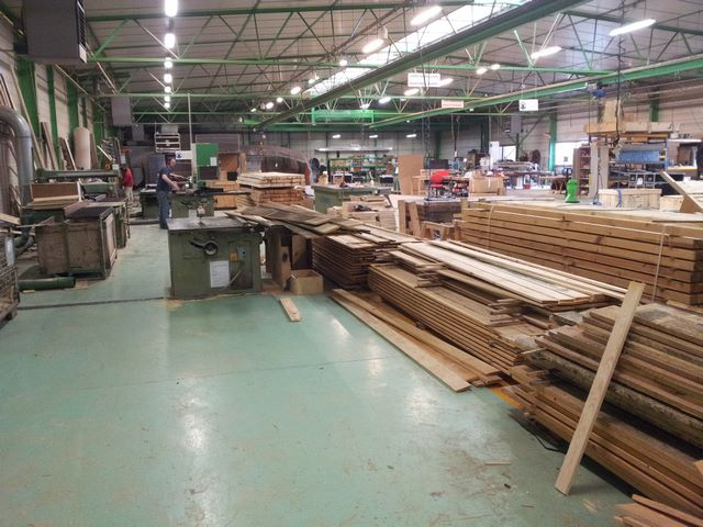 JPemball workshop wood plates and cases